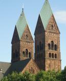 Vorderes Turmpaar